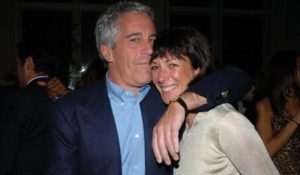 "Ghislaine Maxwell ""Knows Everything"" and ""Will Be Naming Names"", Former Epstein Associate Says"